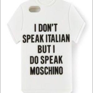 Moschino logo t-shirt phone case Jeremy Scott